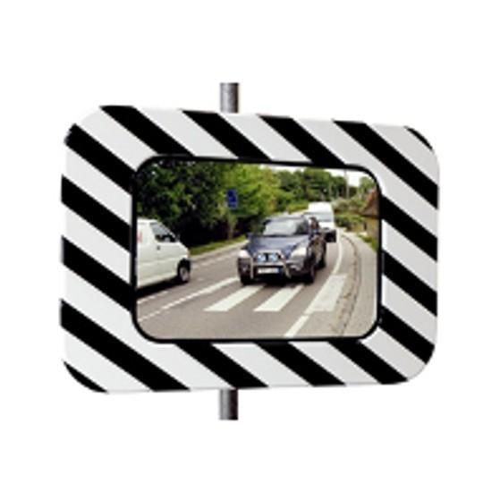 Quel miroir de sécurité routière choisir ?
