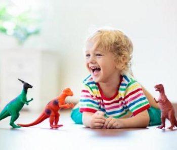 Jeu et jouets : quels rôles ont-ils dans l'évolution de l'enfant